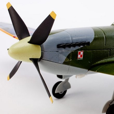 Nose view showing the 4-blade propeller.