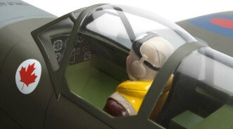 Hangar 9 Spitfire IXC 30cc ARF:Cockpit and pilot