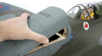 Hangar 9 Spitfire IXC 30cc ARF:Hatch removal