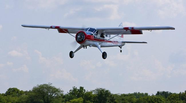 Hangar 9 DHC Beaver 30cc landing