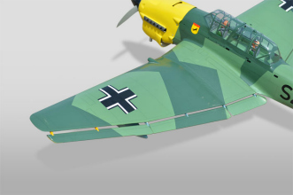 Phoenix Models RC Stuka: Flaps and ailerons
