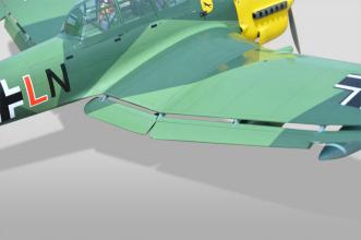 Phoenix Models RC Stuka: Flaps and ailerons