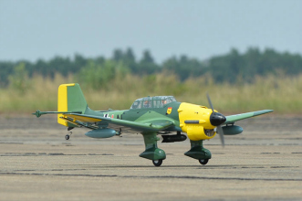 Phoenix Models RC Stuka:Taking off