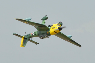 Phoenix Models RC Stuka:Flying inverted