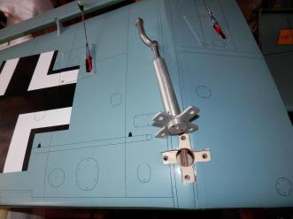 Phoenix Models RC Stuka: Close up of landing gear mount