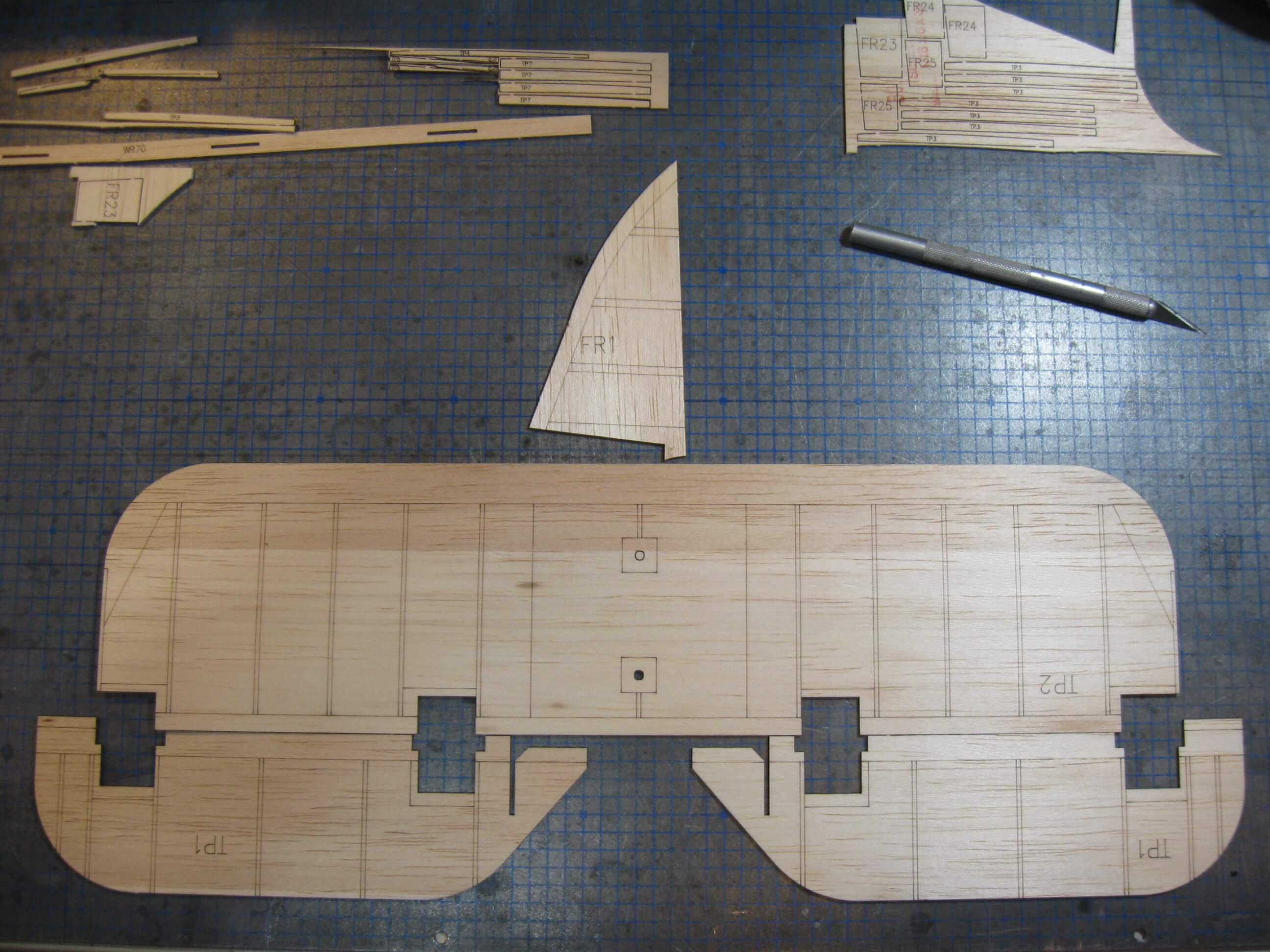 RC Fairey Swordfish construction:Tailplane & elevator cores