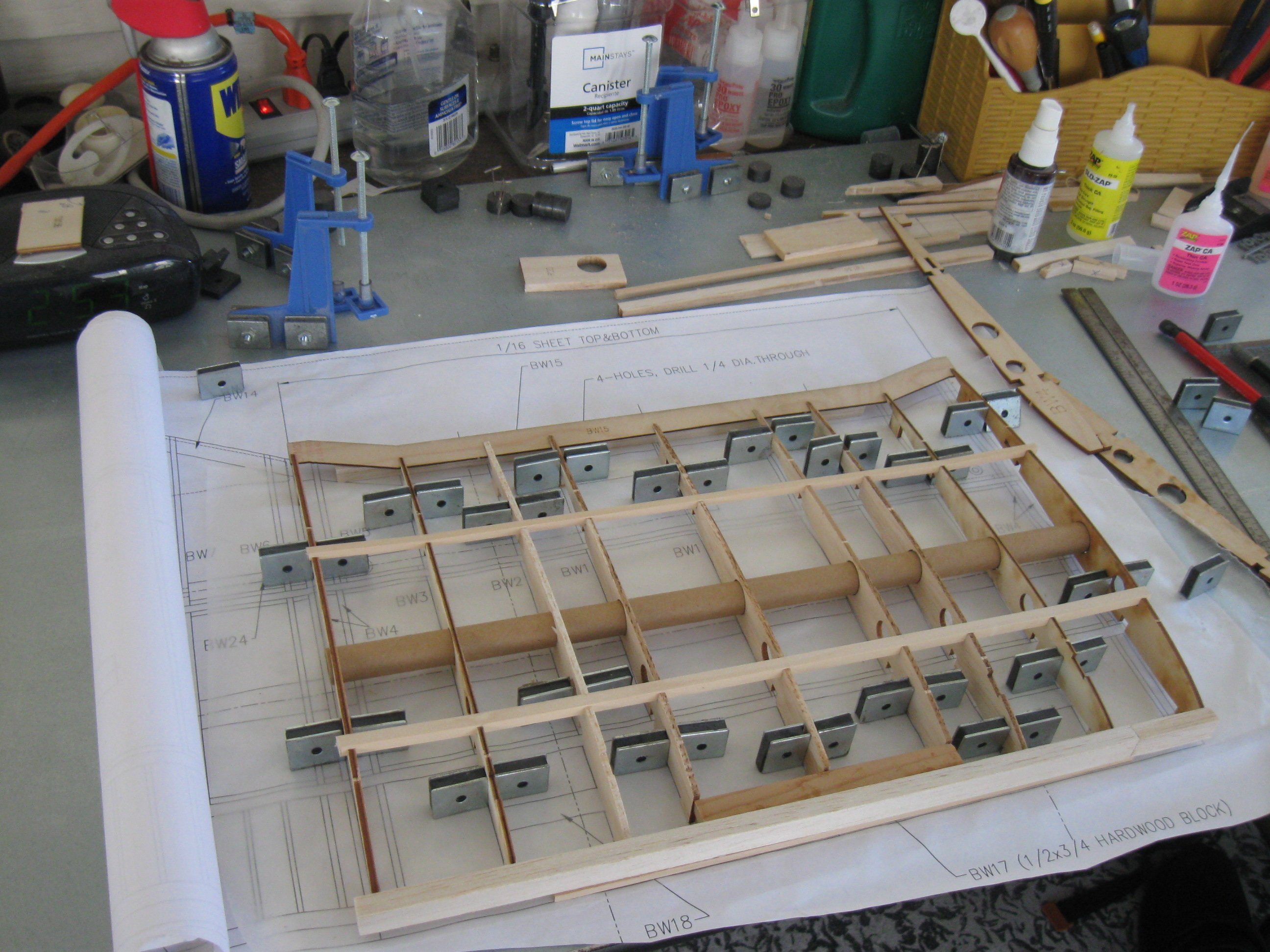 RC Gladiator Construction: Lower Wing Center section.